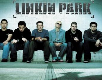 Chester Bennington morto, Linkin Park: la struggente lettera d'addio su Facebook all'artista scomparso