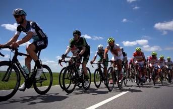 Ciclismo, Malori in terapia intensiva: terribile caduta al Tour di San Luis
