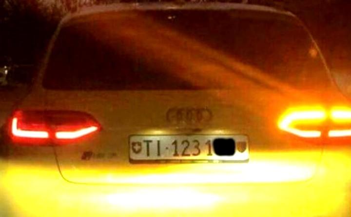 Audi gialla: carcassa auto rimossa e posta sotto sequestro