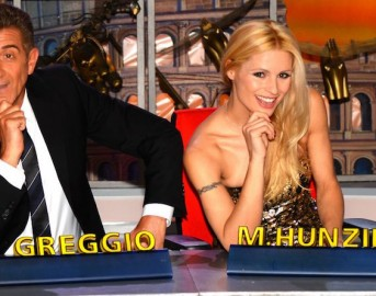 Striscia la Notizia quando inizia: il telegiornale satirico torna con Michelle Hunziker e fa a meno di Simona Ventura