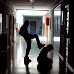 catania arrestati 2 15enne per violenze a scuola