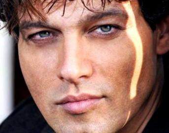 gabriel garko fisico le foto del bellissimo attore