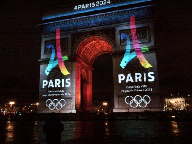 Parigi 2024 logo copiato