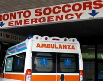 Meningite Salerno: 45enne con 39 di febbre cade e batte la testa, operato al cranio