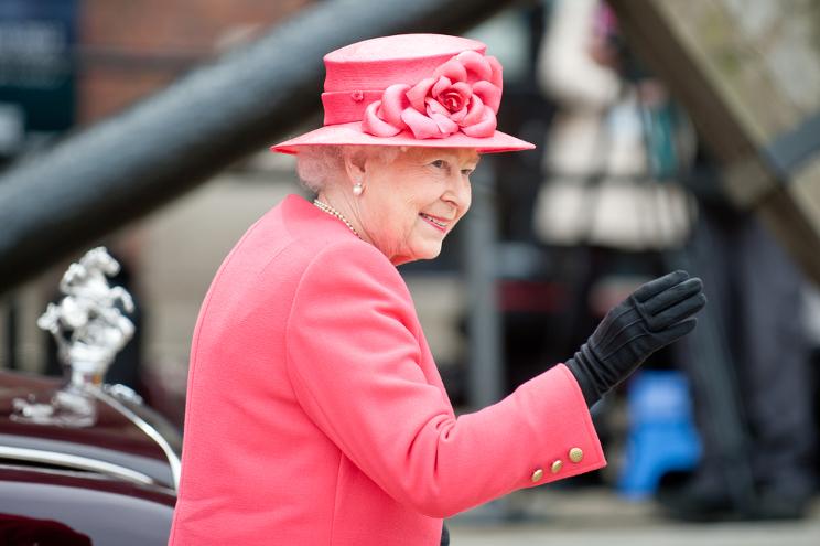 regina elisabetta ascesa al trono