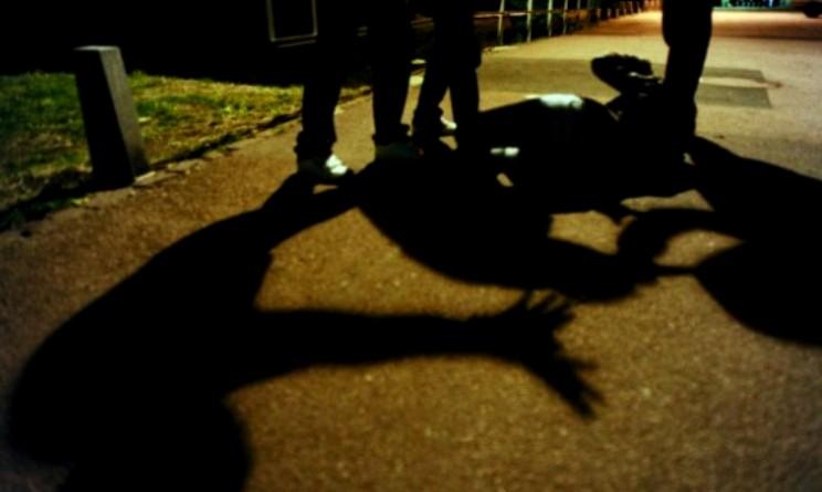 roma 17enne picchiato fuori da distoteca
