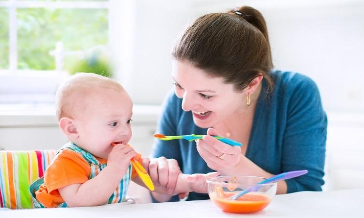 Svezzamento neonato 4 6 mesi gli errori da non fare for A quanti mesi i cani cambiano i denti
