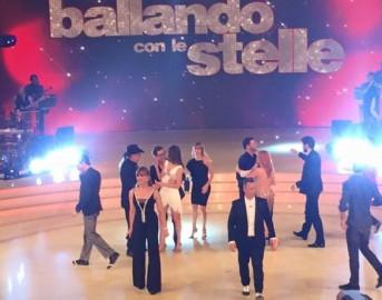 Replica Ballando con le Stelle 2017: ecco come vedere il video integrale della semifinale del 22 aprile 2017