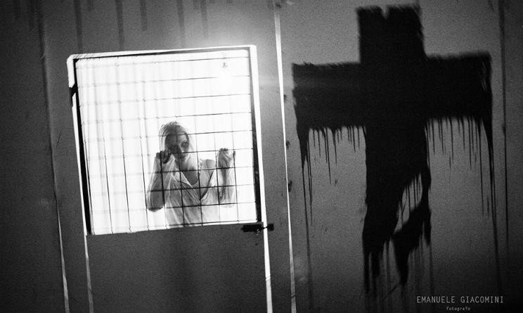 """Spettacolo """"Psychiatric Circus"""" a Bologna, recensione"""