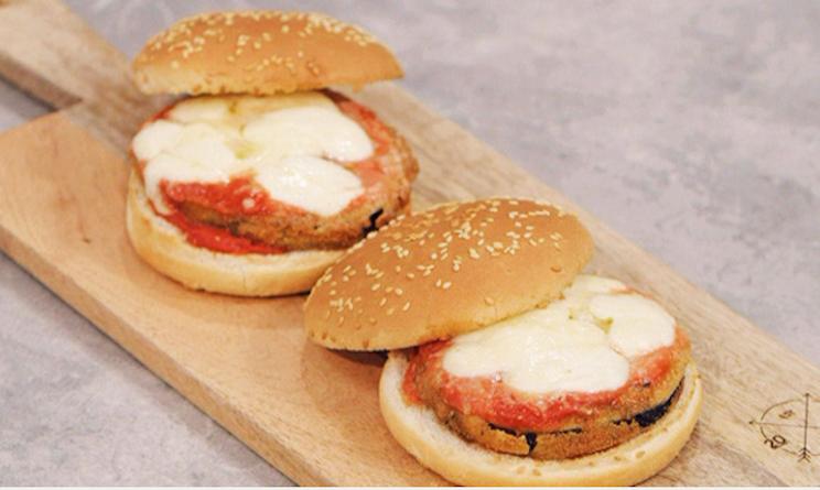 Ricette benedetta parodi a la cuoca bendata parmigiana for Mozzarella in carrozza parodi