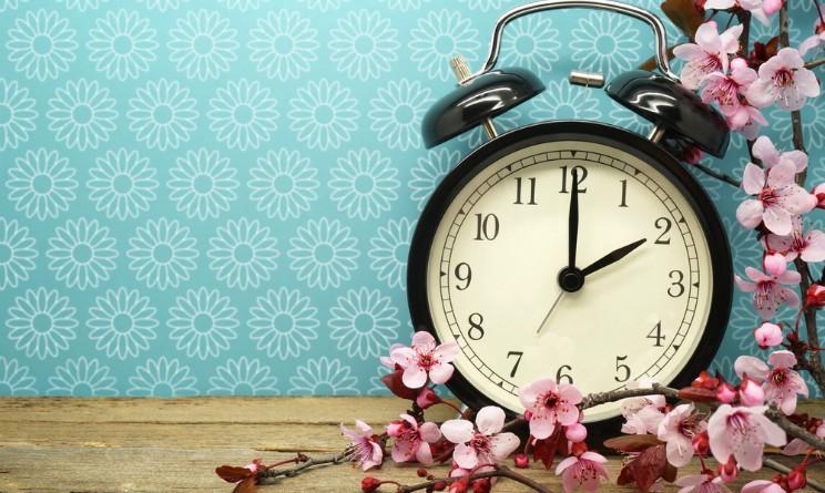 Ora legale, scatterà la notte di Pasqua: lancette avanti di un'ora
