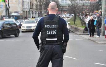 Attentato Berlino news, Polizia cerca uomo di nazionalità tunisina: arrivò in Italia nel 2012