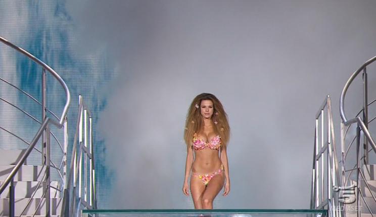 La bomba sexy del momento: Paola Di Benedetto