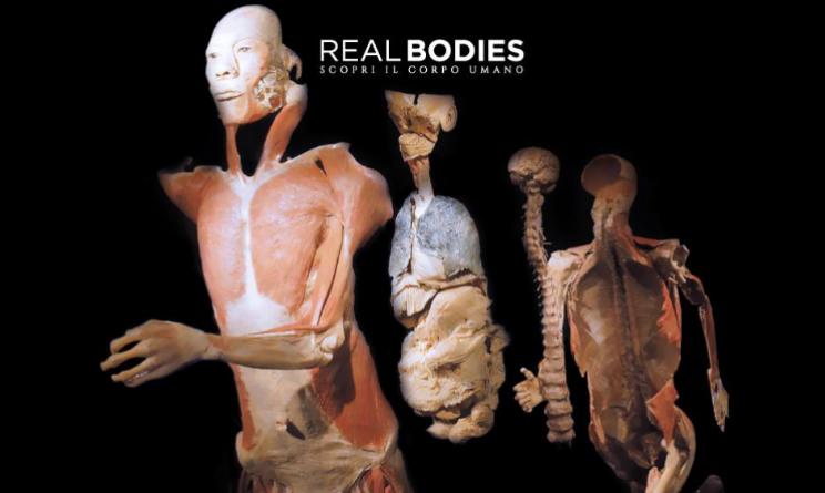 mostra real bodies milano malori visitatori