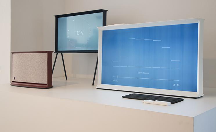 Samsung Tv Arriva La Visione Del Futuro : Fuorisalone samsung punta sulla tecnologia ultra