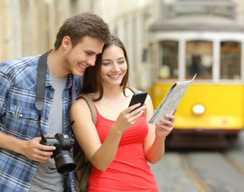 Siti e App per viaggiare android e iOS: da Airbnb a Songkick, ecco le migliori e come trovarle