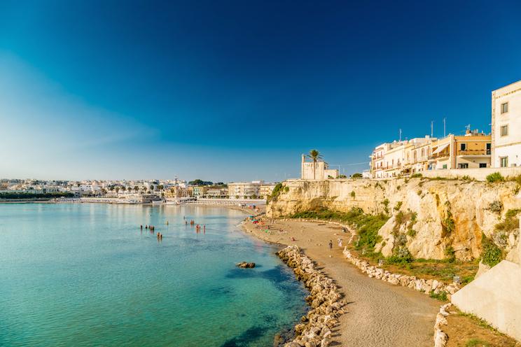 Casa vacanze salento agosto 2016 con vista mare urbanpost for Piani casa sulla spiaggia con portici