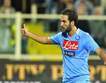 Napoli – Juventus, la Curva ha deciso: ecco come sarà accolto Higuain