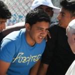 papa francesco visita lesbo