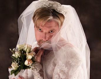Matrimonio e prima notte di nozze: storie tragicomiche tra passione e alcool