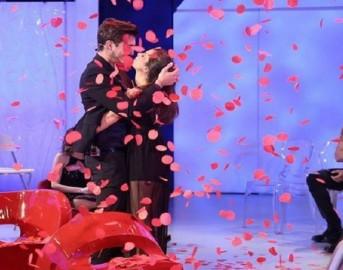 Anticipazioni Uomini e Donne oggi 31 Maggio 2016: in onda la scelta di Andrea e Oscar