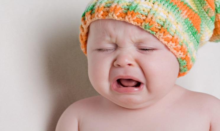 """Famoso Bambini che piangono mandano in """"tilt"""" il cervello dei genitori  RE35"""