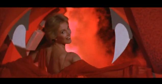 Julie Andrews Nude Sob 107