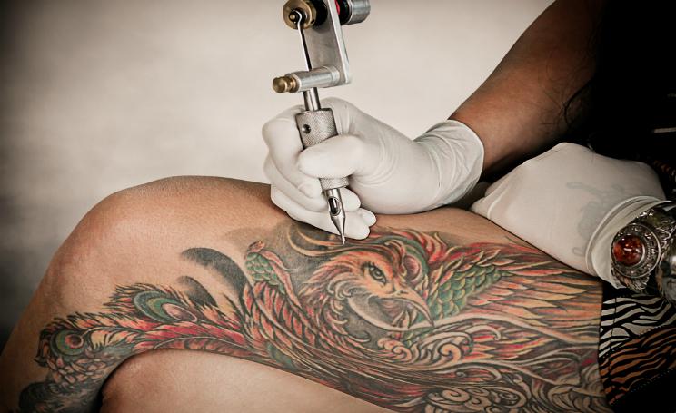 Tatuaggi e rischio infezioni sintomi