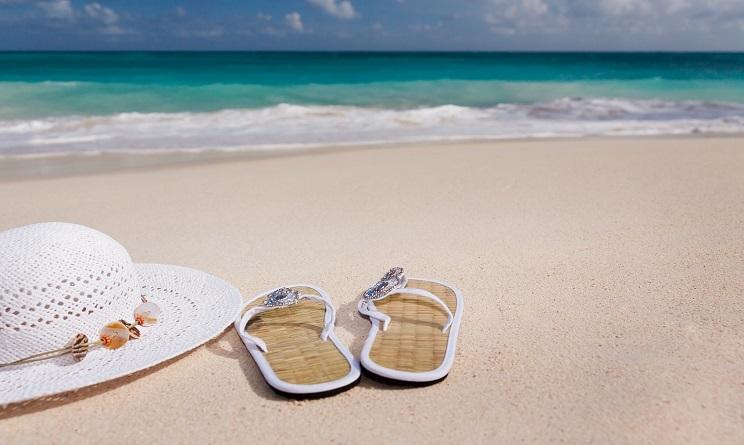 cosa mettere in valigia per il mare, cosa mettere in valigia, cosa mettere in valigia vacanze agosto, cosa mettere in valigia vacanze estate 2016, cosa mettere in valigia per il mare ragazza, accessori mare, cosa portare al mare,