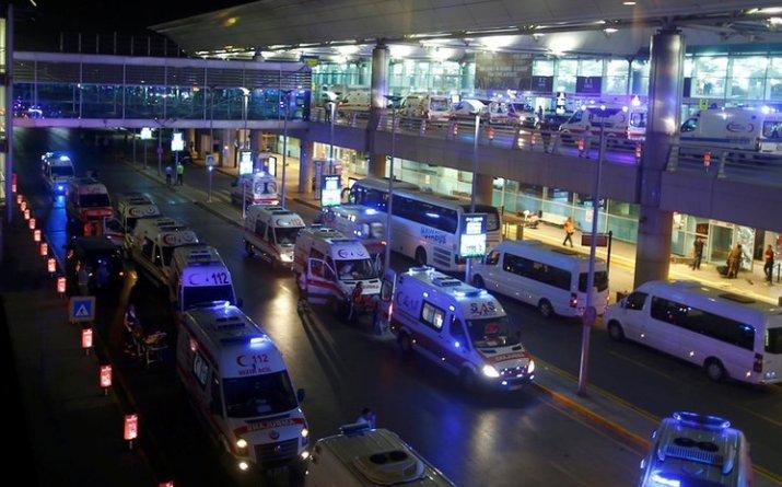 istanbul bilancio morti attacco terroristico