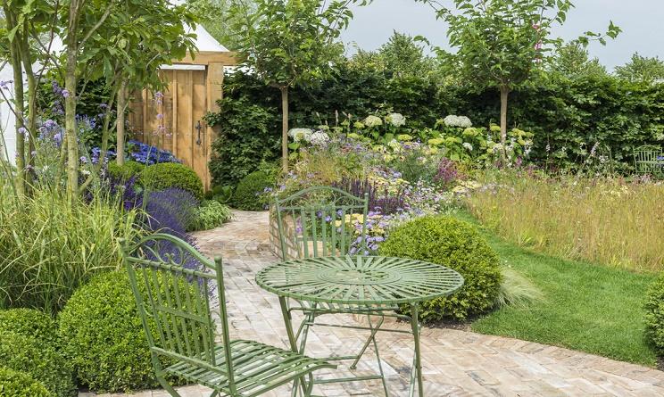 Arredo giardino idee fai da te originali urbanpost - Arredo giardino fai da te ...
