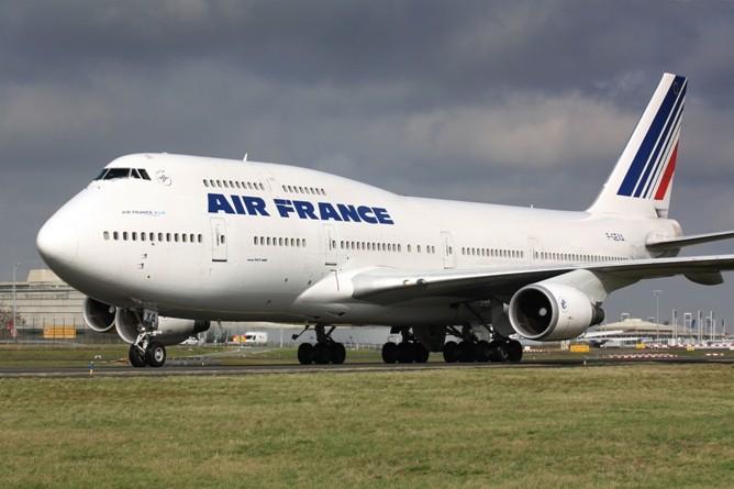 Air France, rottura nei negoziati: sciopero dei piloti durante Euro2016
