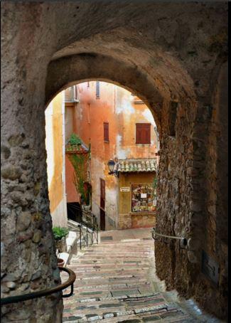 Castello Medievale 50 Sfumature di Rosso