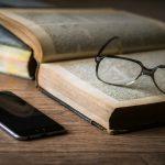 Smartphone a letto causa cecita temporanea