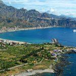 Dove andare al mare con gli amici in Italia, le spiagge divertenti