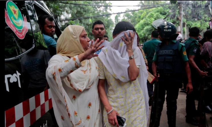 attentato dacca ostaggio ucciso da polizia