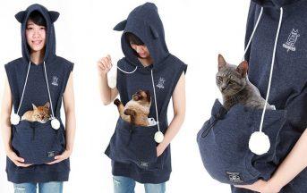 """Felpa con marsupio per gatti: il capo """"too much"""" anche per gli amanti dei felini"""