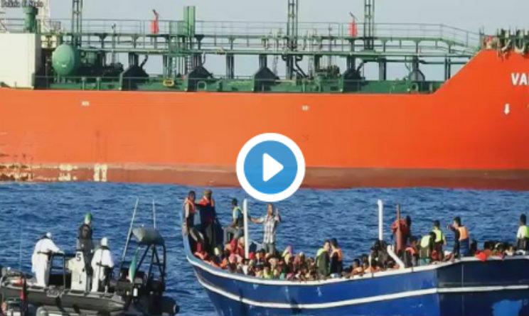 migranti sbarcati a vibo valentia 24 luglio 2016