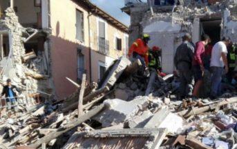 """Terremoto polemiche funerali, Renzi su Twitter: """"Si terranno ad Amatrice"""""""