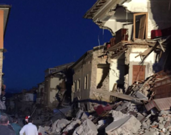 Terremoto in centro Italia: i messaggi social di solidarietà dal mondo dei vip
