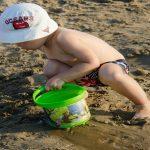 bambini in spiaggia cosa mangiare, bambini in spiaggia, bambini in spiaggia cibo, bambini in spiaggia consigli,