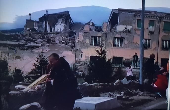 Terremoto centro Italia: oggi lutto nazionale, funerali di ...