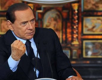 Loro Paolo Sorrentino: tutto pronto per il film su Silvio Berlusconi, al via il primo ciak