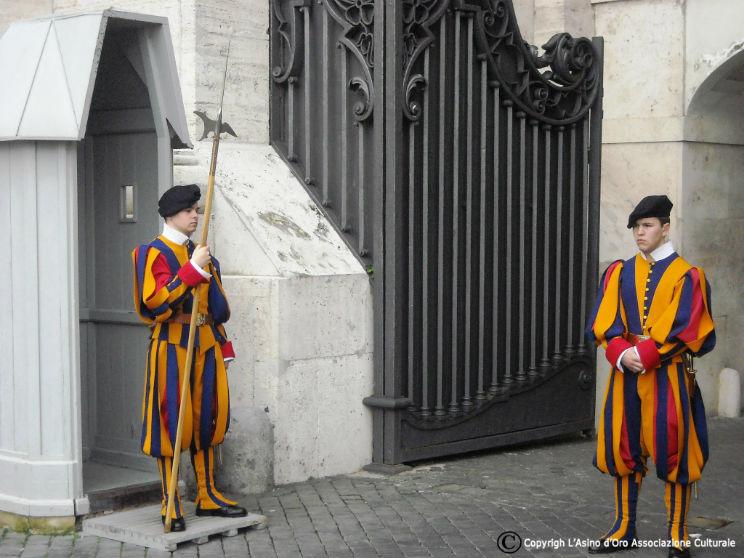 Vaticano guardie svizzere