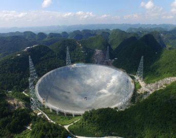 FAST, il radiotelescopio più grande del mondo: la Cina a caccia di vita extraterrestre