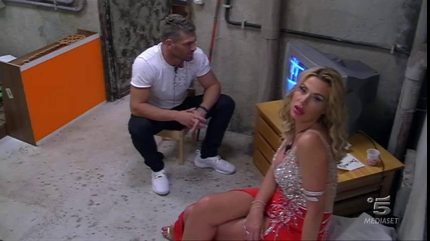 Grande Fratello Vip: Valeria Marini è la più amata dai concorrenti - UrbanPost