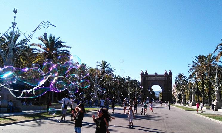 Barcellona in 5 giorni la citt e il mare la fiesta e la for Vacanze a barcellona mare