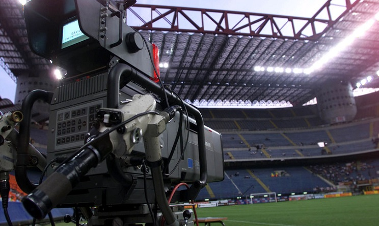 La moviola in campo è pronta a esordire in Serie A