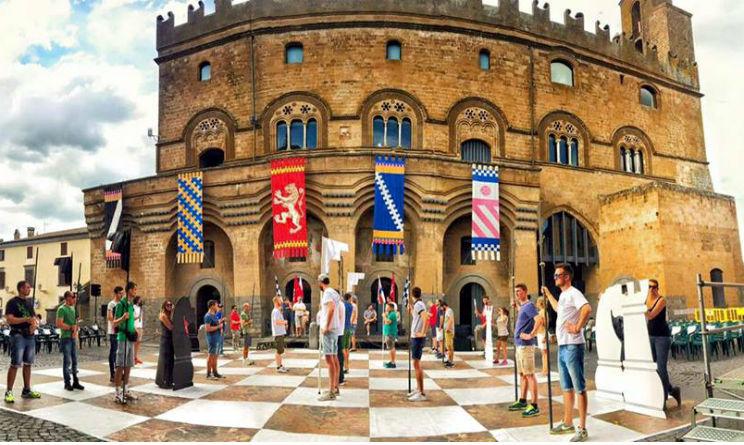 Piazza a Marostica partita scacchi