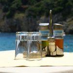 olio d'oliva, olio extravergine d'oliva, olio d'oliva nei ristoranti, oliere nei ristoranti, oliere non a norma nei ristoranti, oliere fuorilegge nei ristoranti,